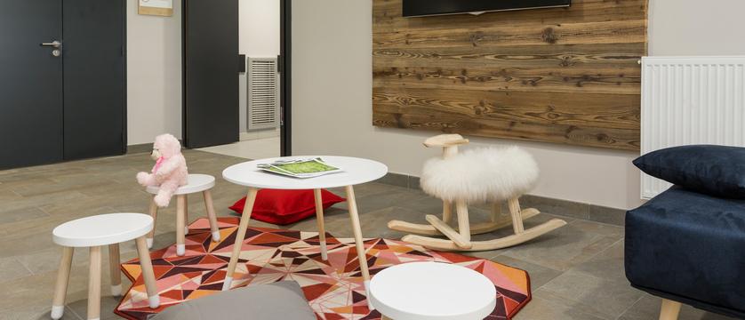 france_chamonix_residence-isatis_childrens-play-room.jpg